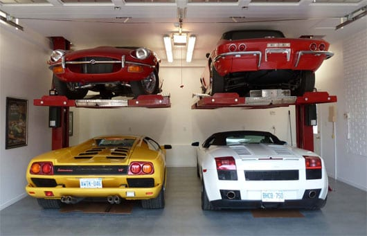 Maximumone single post car lift model m1 4 5 and m1 6 5 for Residential garage car lift